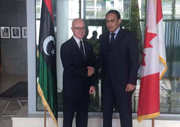 السعيطي يلتقي سفير كندا
