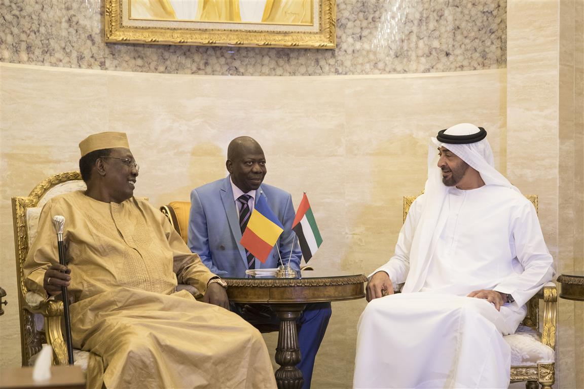 الشيخ محمد بن زايد آل نهيان ولي عهد أبوظبي يبحث مع الرئيس التشادي إدريس ديبي الملف الليبي