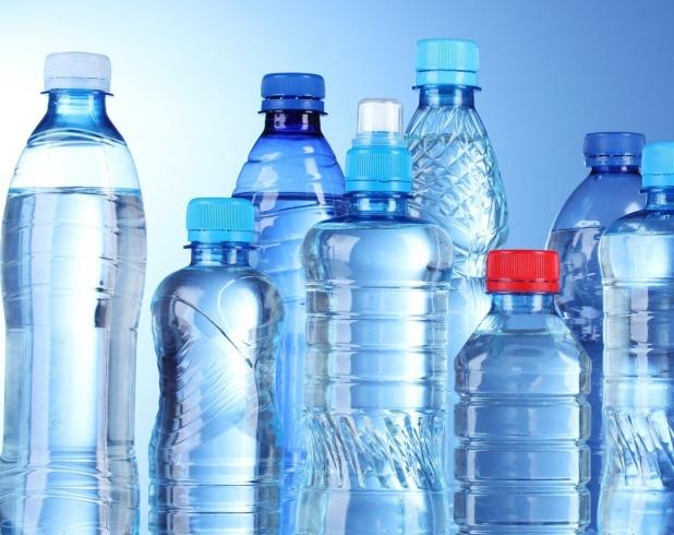 العبوات البلاستيكيةلشرب الماء