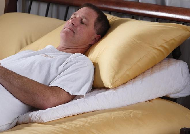 النوم على الظهر