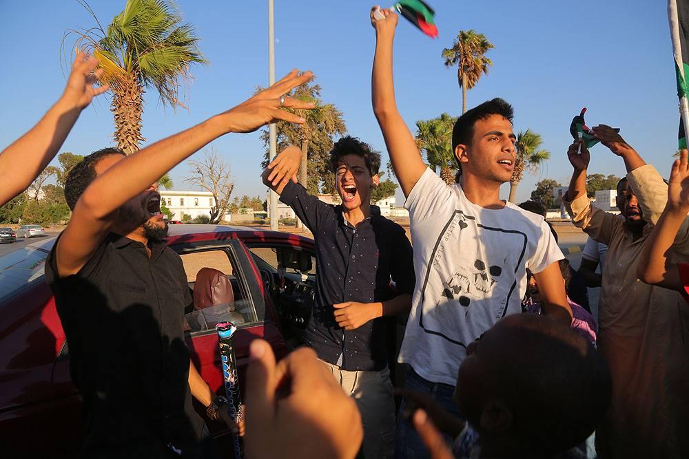 """Photo of بنغازي """"ثارت"""" فـ""""تألمت"""" ثم """"انتصرت"""".. ليبيا """"فرحانة"""""""