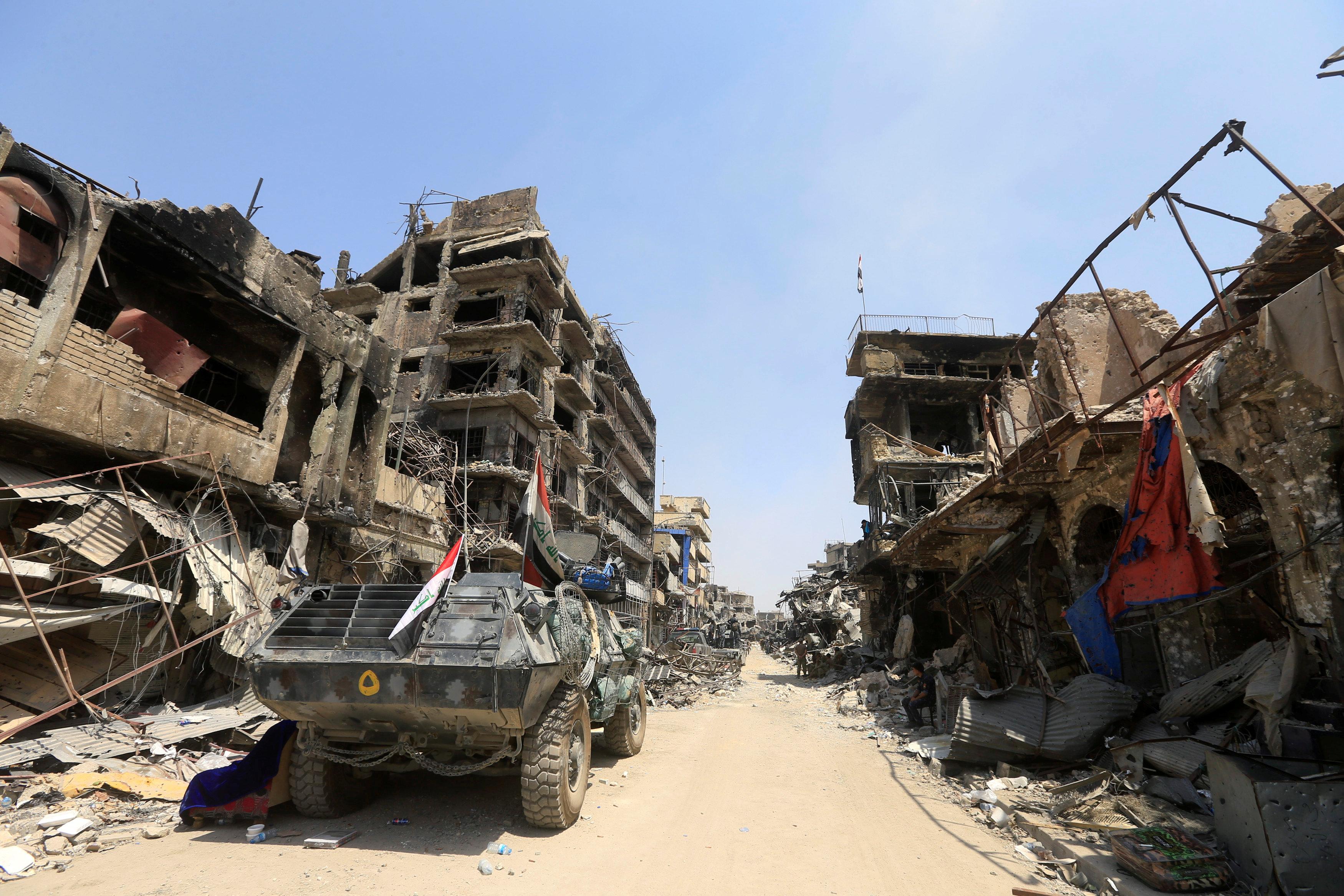 رويترز العراق يعلن النصر على تنظيم داعش في الموصل