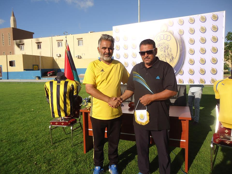 نادي أبوسليم يقدم مدربه الجديد الحبيب امبارك