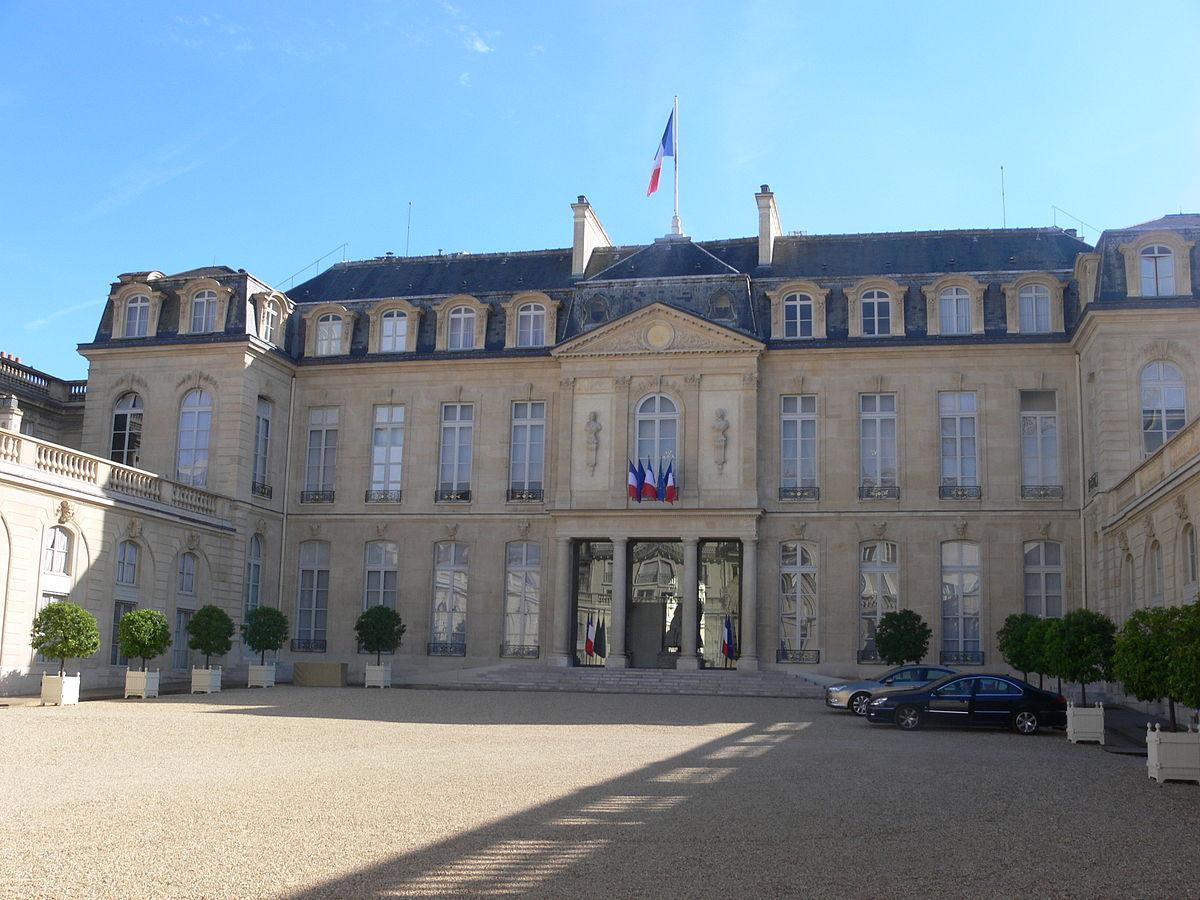 Photo of بيان الرئاسة الفرنسية : ضم جميع القوات الأمنية والعسكرية إلى خطة توحيد المؤسسة العسكرية