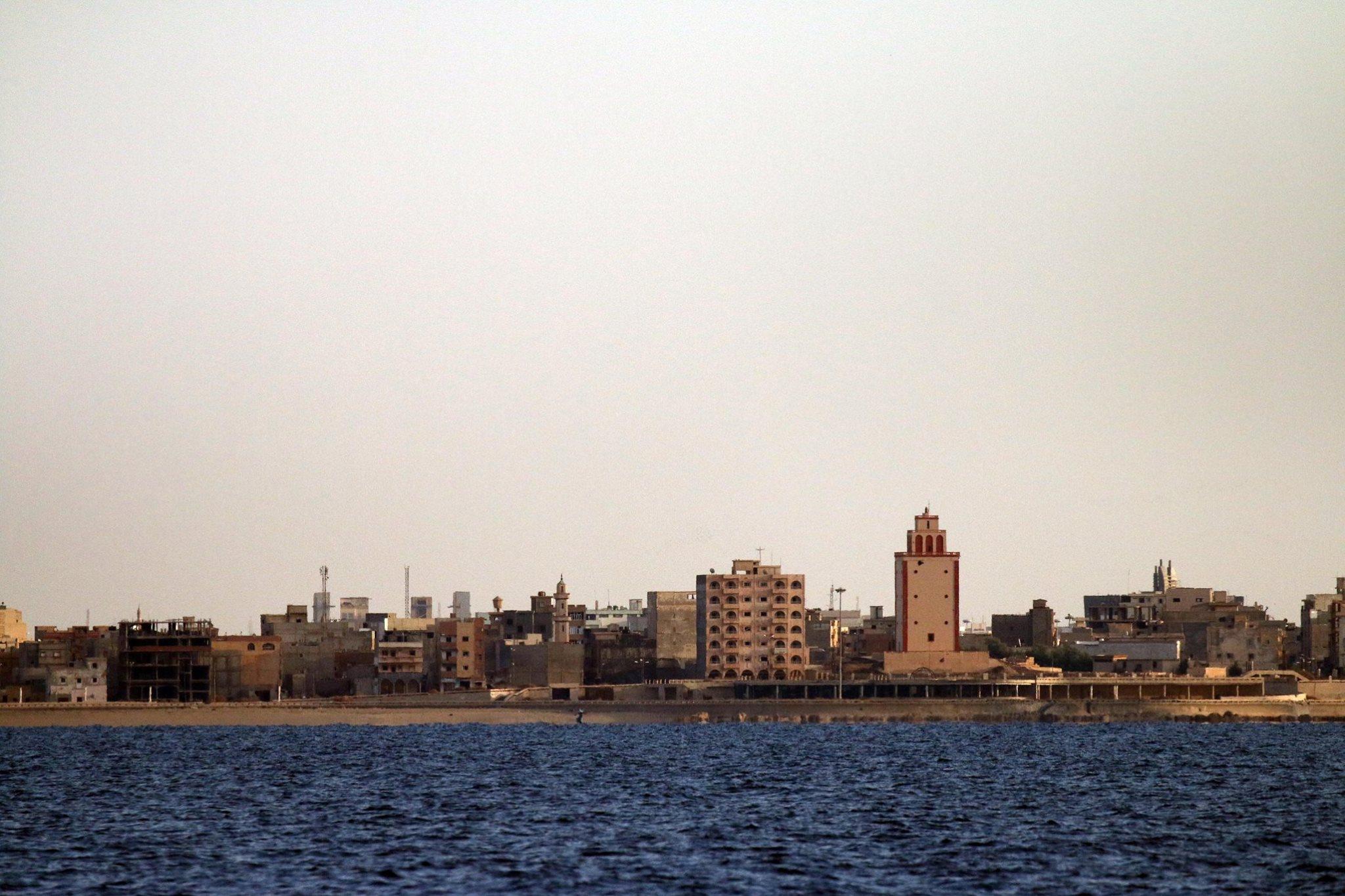 منارة سيدي أخربيش تصوير : عبدالله دومة