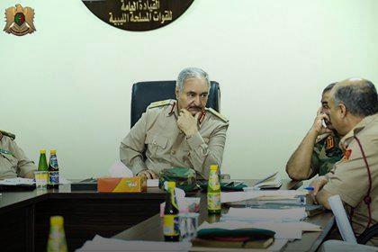"""Photo of الجيش الوطني تحت """"نظر وسمع"""" المشير.. حفتر مطمئن"""