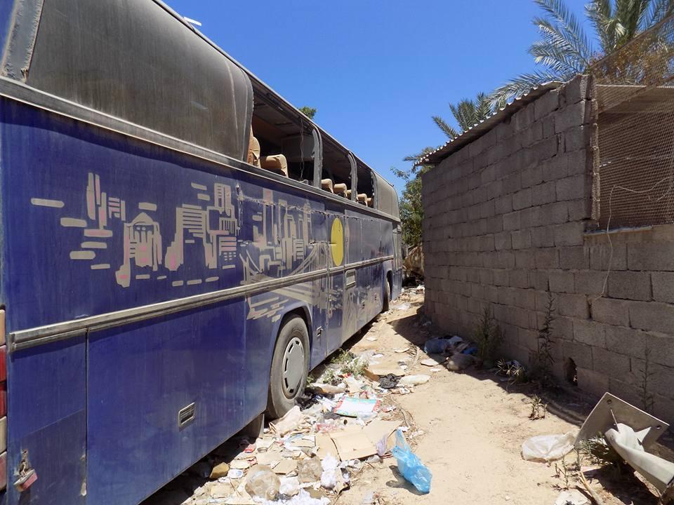 """Photo of حملة """"إزالة"""" في بنغازي تستهدف """"الحافلات المحترقة"""""""