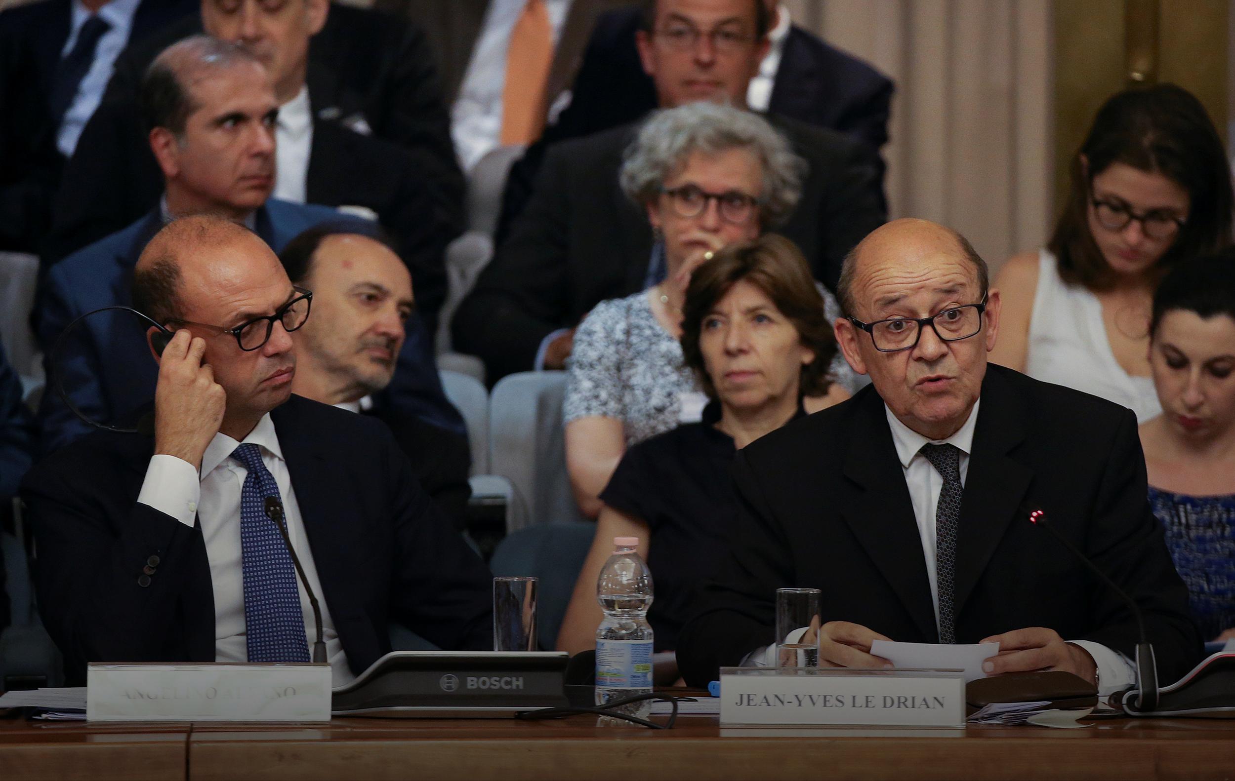وزير الخارجية الفرنسي مع نظيره الإيطالي
