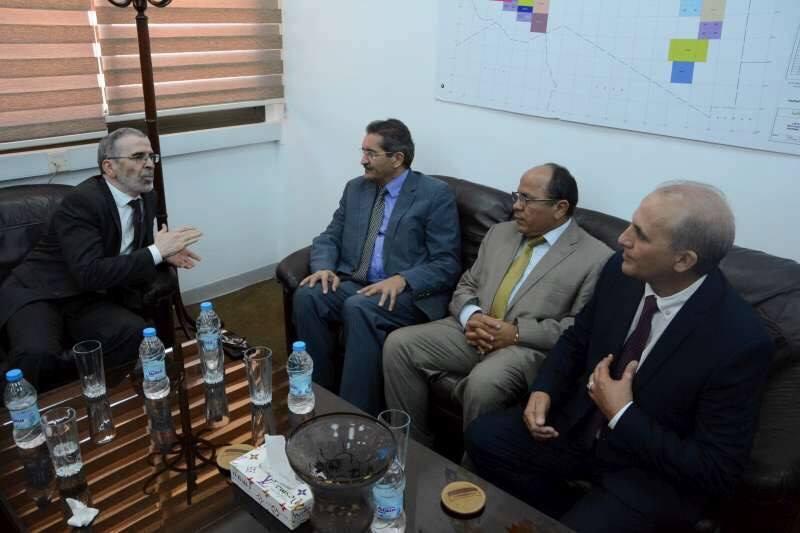 إعمار بنغازي في اجتماع المؤسسة والبلدية