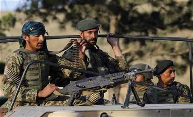 Photo of القوات الأفغانية تقاتل لاستعادة منطقة من طالبان