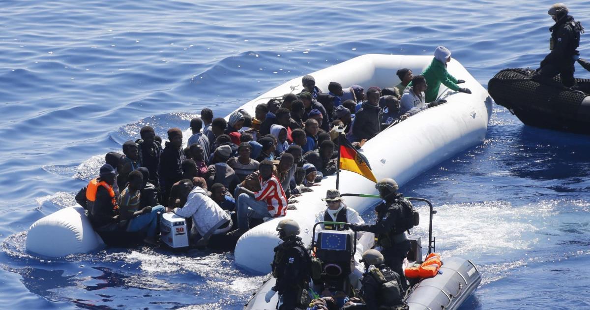 مكافحة التهريب قبالة ليبيا