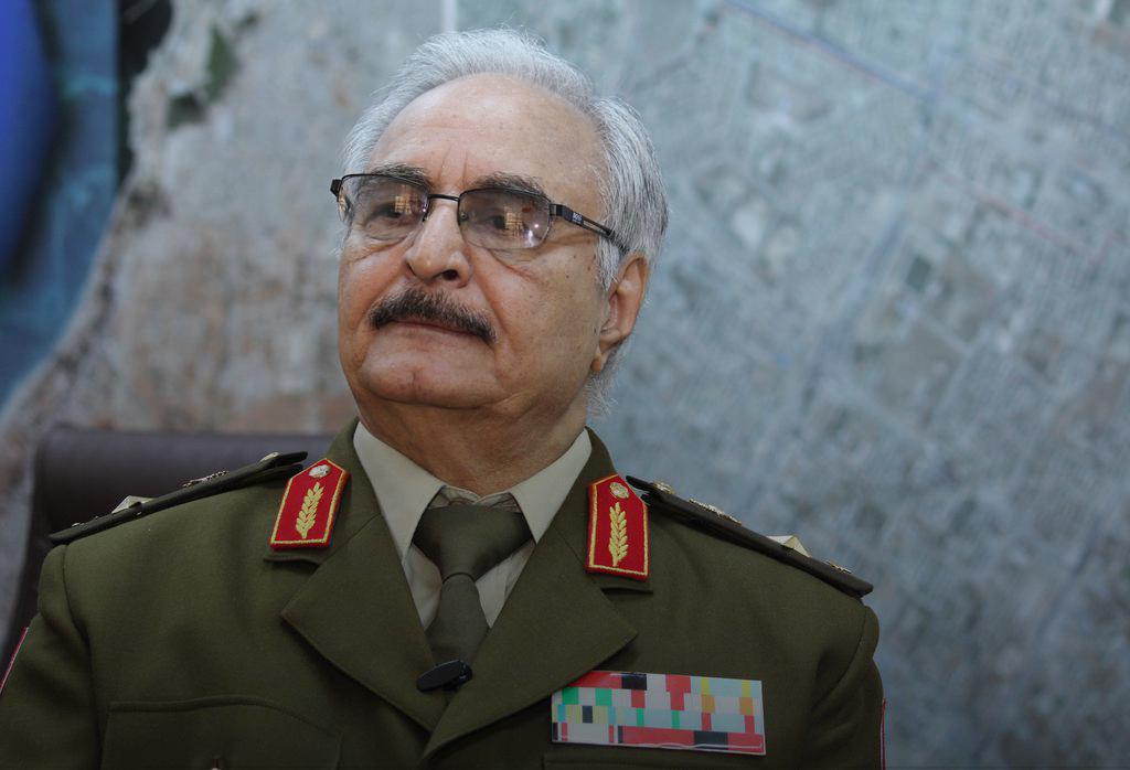 """Photo of حفتر: لا صفقة """"للرئاسة"""".. وسيف الإسلام بمكان آمن"""