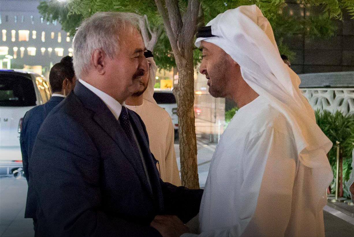 المشير خليفة حفتر والشيخ محمد بن زايد