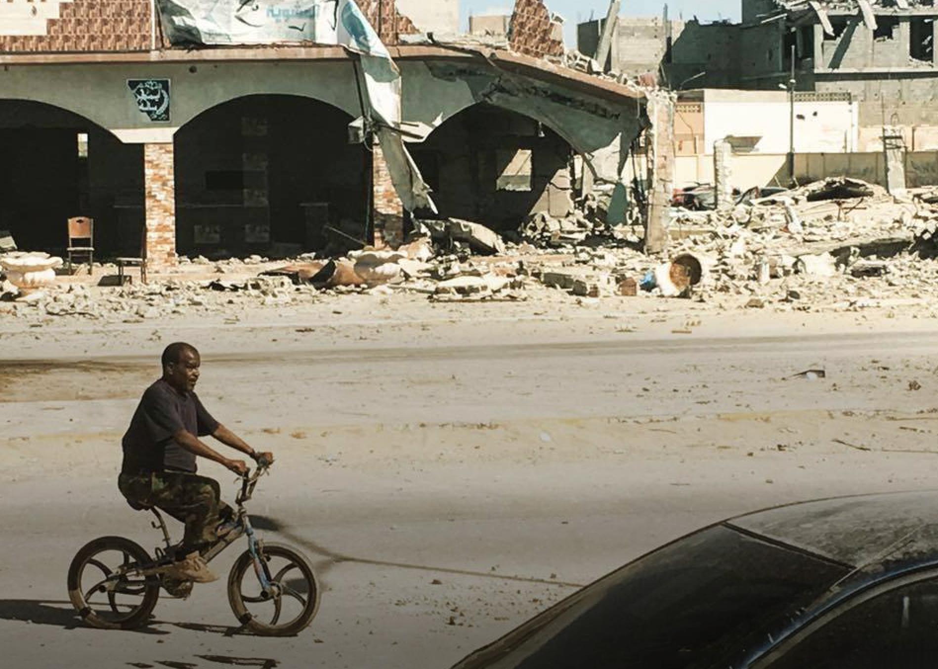 "Photo of ""الفهد الأسمر"" بوخمادة يتحدى الإرهاب.. والعالم بـ""البشكليطة"""
