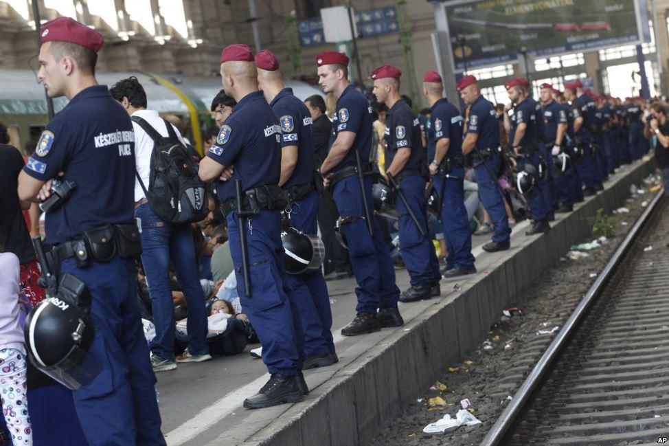 الشرطة المجرية