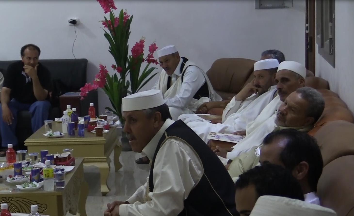 بعد ملتقى المصالحة.. شباب ترهونة يكرمون حكماء المدينة
