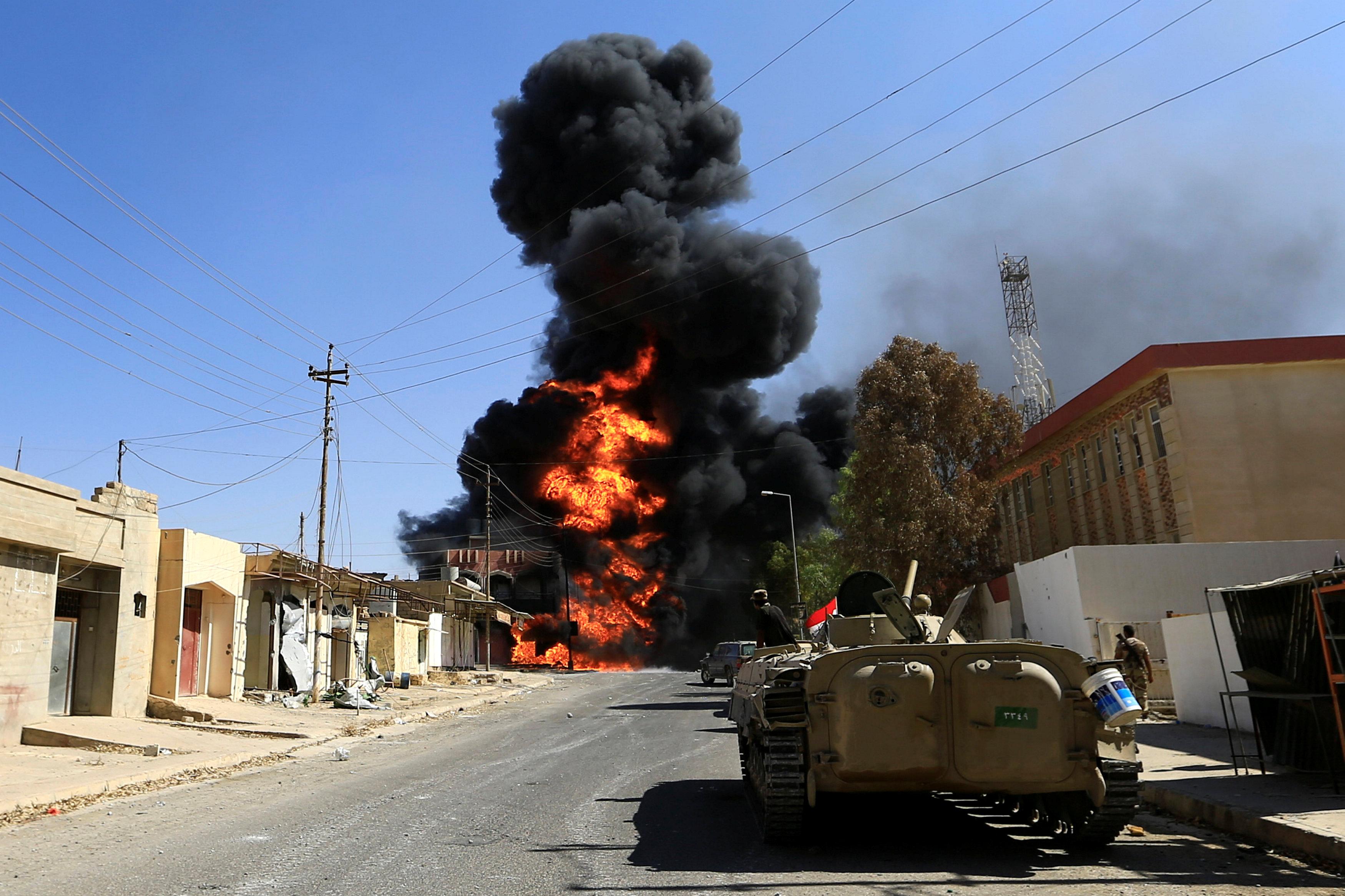 صورة رويترز: الجيش العراقي يعلن استعادة وسط مدينة تلعفر من تنظيم داعش