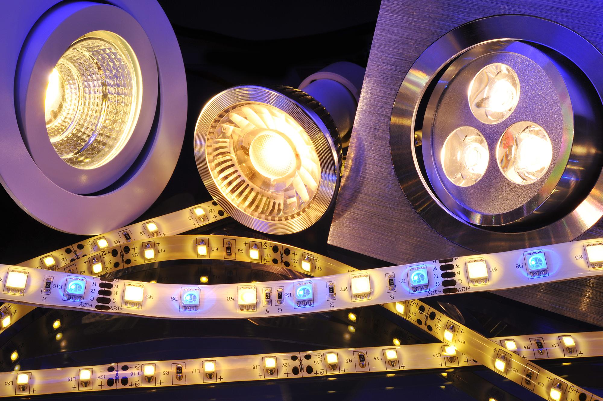 مصابيح توفير الطاقة LED