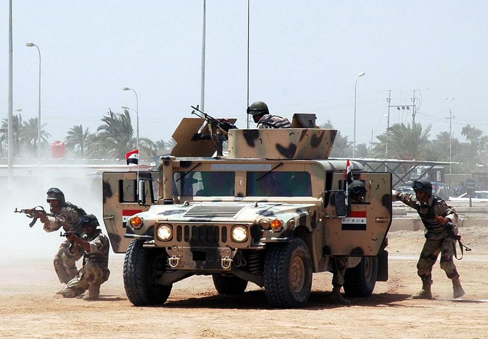 صورة رويترز: الجيش العراقي يخترق دفاعات داعش في تلعفر ومنطقة القلعة القديمة
