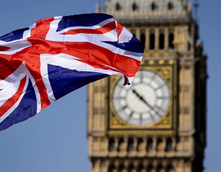 Photo of بريطانيا تجدد تحذير مواطنيها من السفر إلى ليبيا
