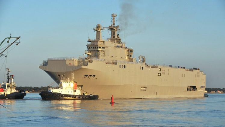 صورة سفينة إيطالية جديدة تصلقاعدة طرابلس البحرية