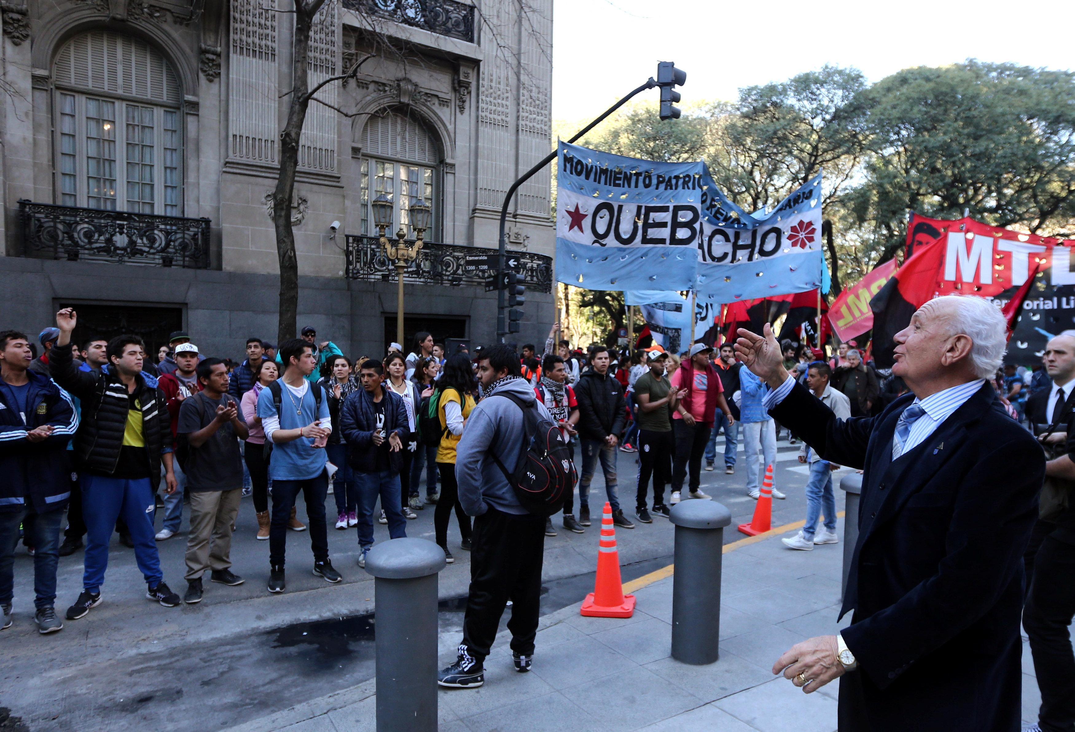 """صورة فنزويلا تواجه غضبا بعد عمل """"الجمعية التأسيسية"""""""