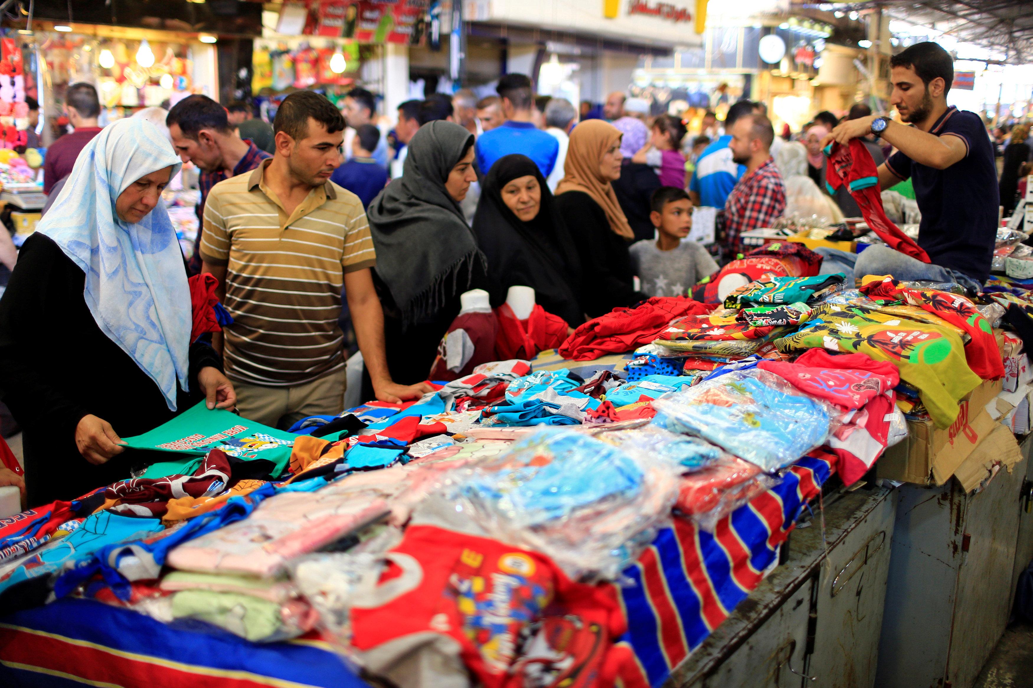 أهالي الموصل يستعدون لعيد الأضحى