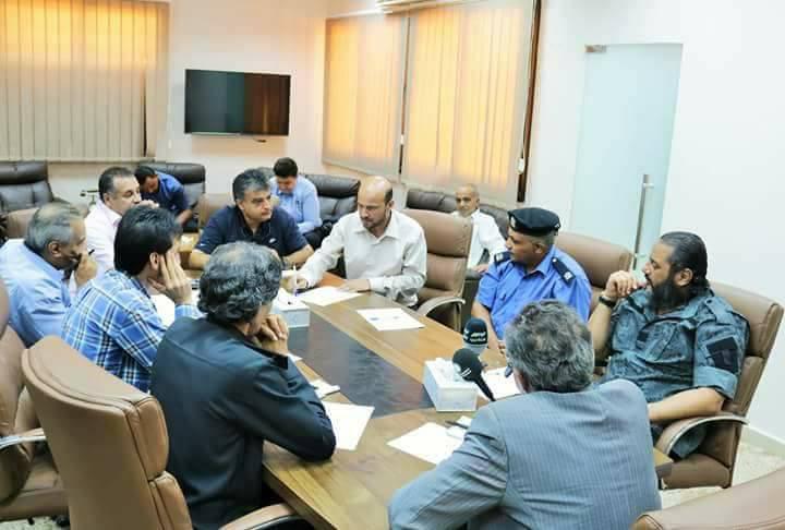 صورة لجنة أمنية في بنغازي لمكافحة الظواهر السلبية