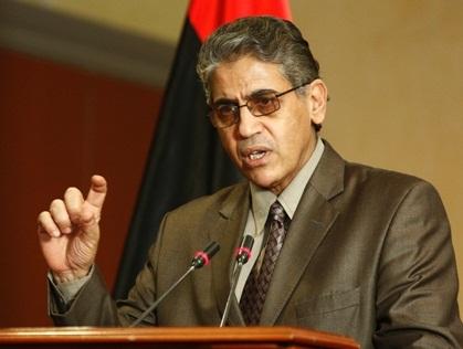 """صورة بعد نجاته من """"غدر الإرهاب"""".. شوايل يعود إلى ليبيا"""