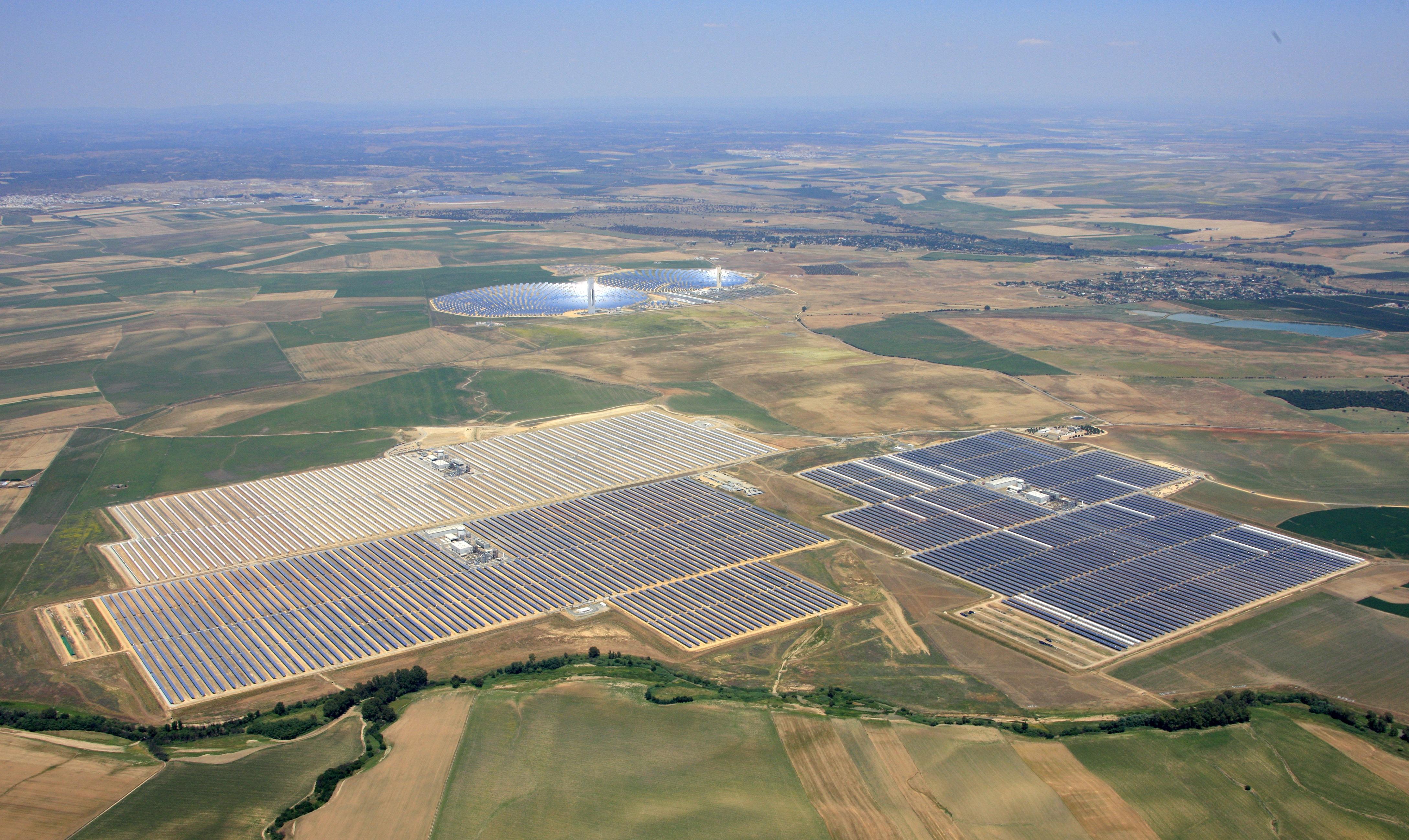 """صورة شبكة الطاقة في أميركا أمام """"اختبار الطبيعة"""""""