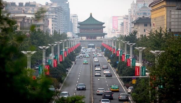 صورة الصين تجرم عدم احترام النشيد الوطني
