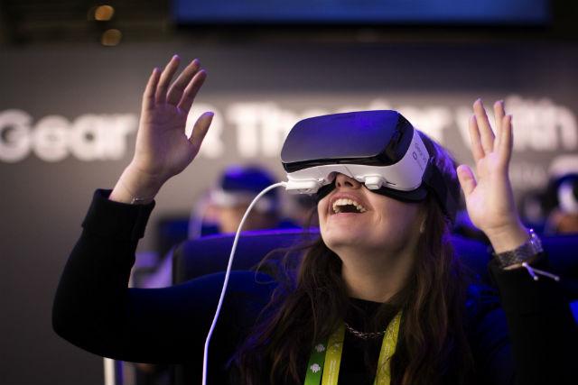 Photo of الواقع الافتراضي قد يساعد على تخفيف الألم