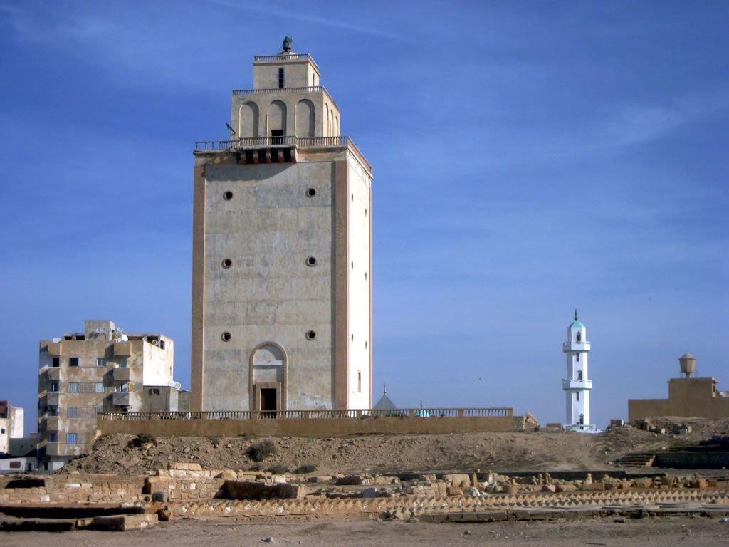Photo of بنغازي.. العثور على 60 جثة في منارة اخريبيش