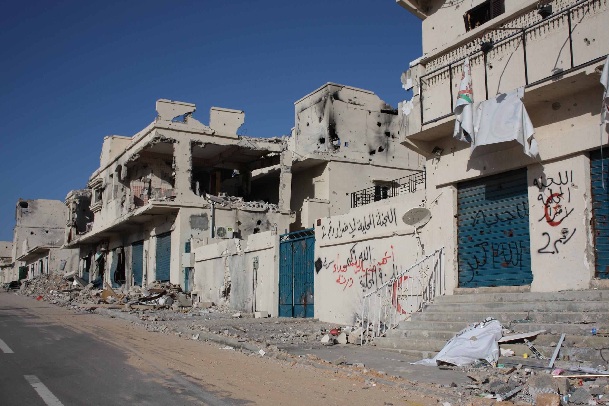 """Photo of الحربُ إعمار.. عن تمدّد """"الإسمنت"""" في الخلاء"""