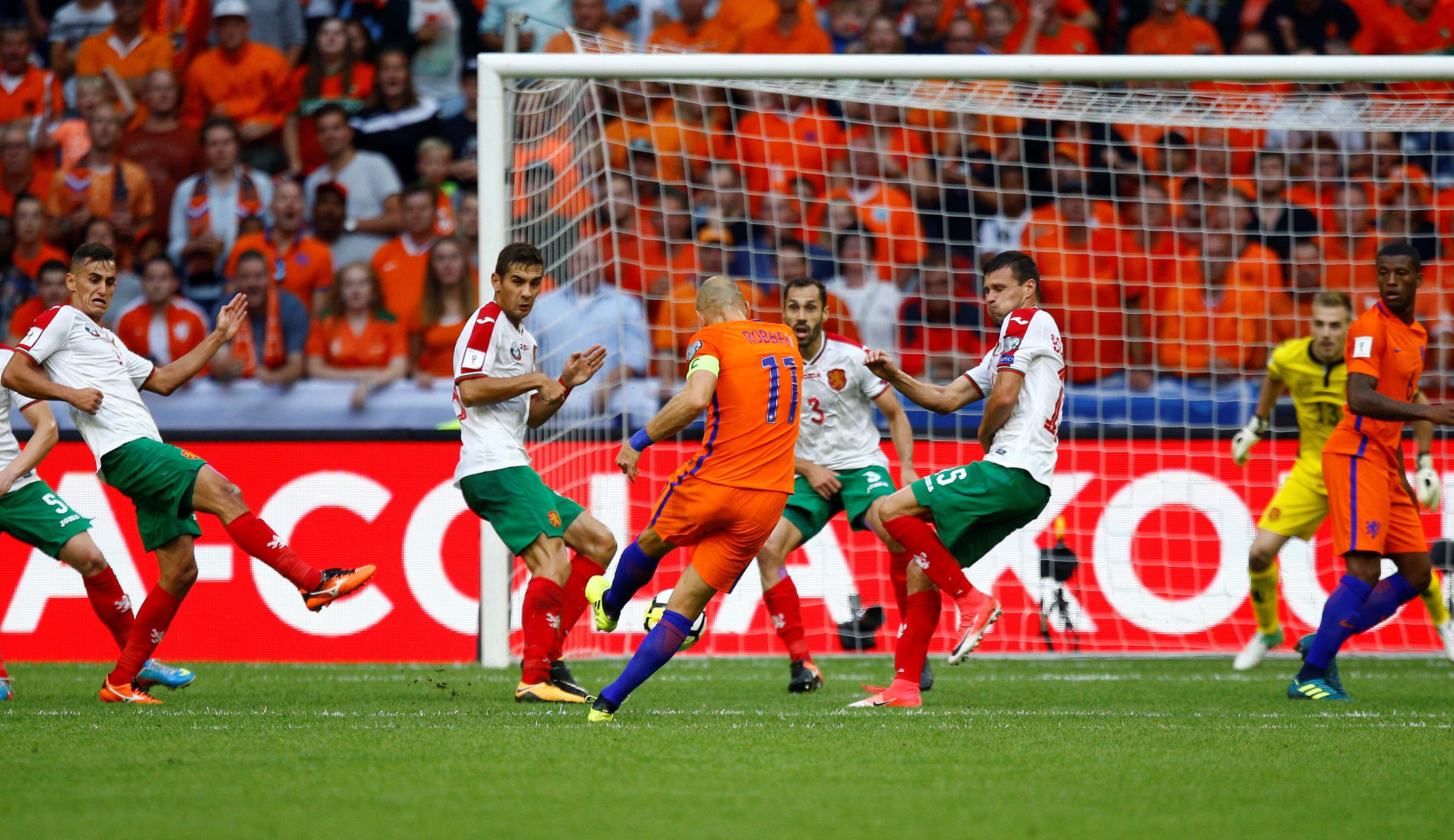 هولندا ضد بلغاريا