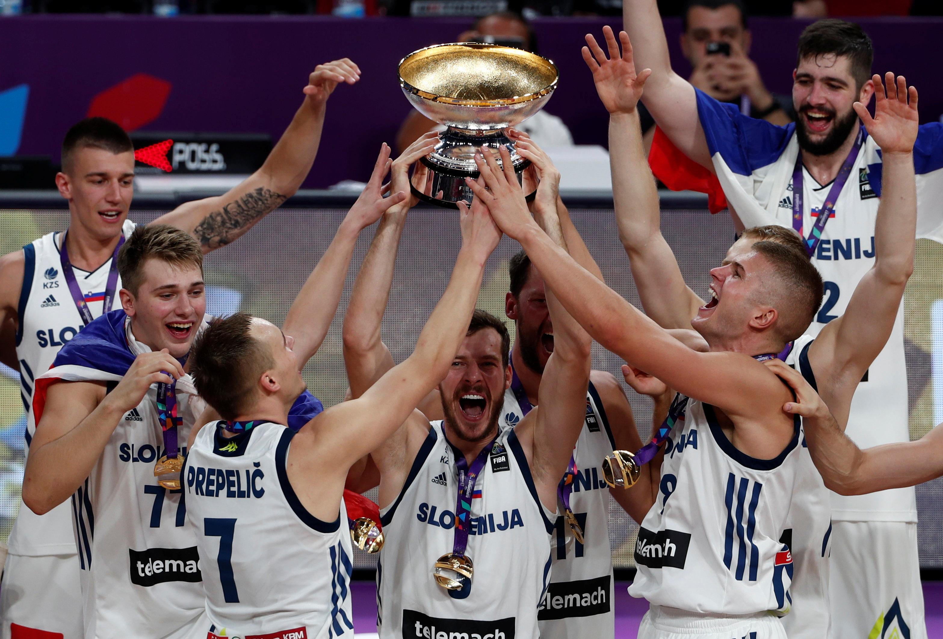 المنتخب السلوفيني