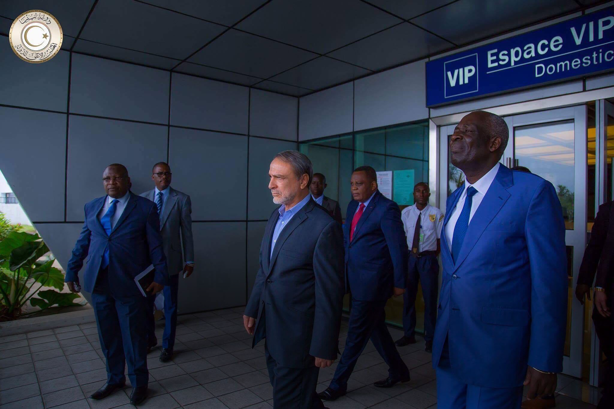 Photo of رئيس المجلس الاستشاري عبدالرحمن السويحلي يصل إلى الكونغو برازفيل