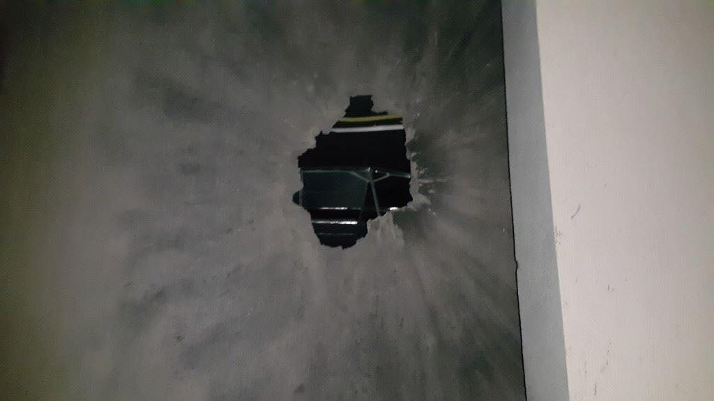 Photo of ترهونة… قصف وحصار وقطع للاتصالات والكهرباء