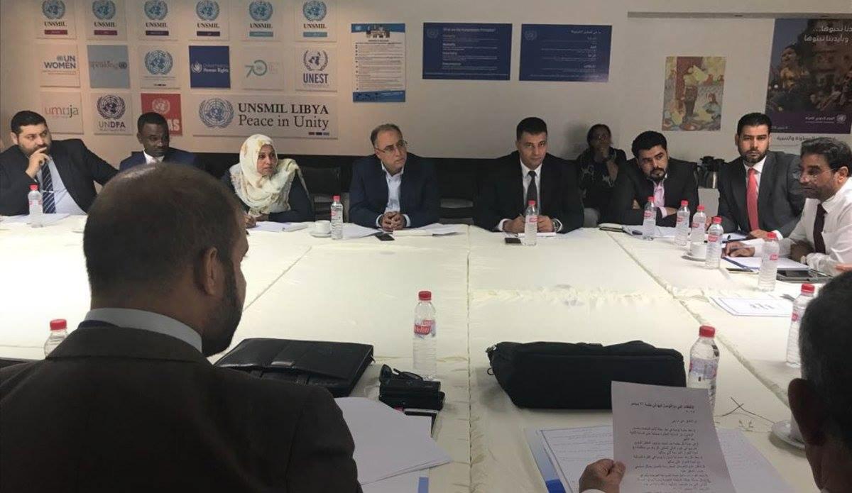 "Photo of ""أجواء إيجابية"" في تونس قبل اجتماع المساء"