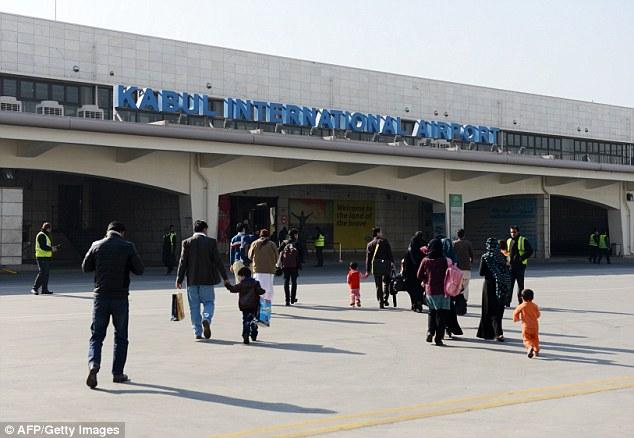 مطار كابول بأفغانستان