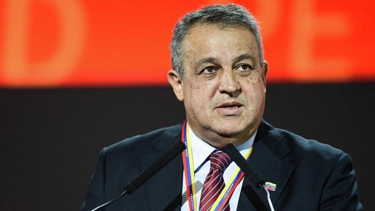 وزير النفط الفنزويلي إيولوخيو ديل بينو
