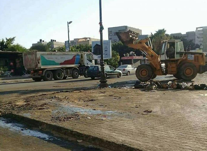 صورة غرفة طوارئ في بنغازي لتنظيف المدينة بعد العيد