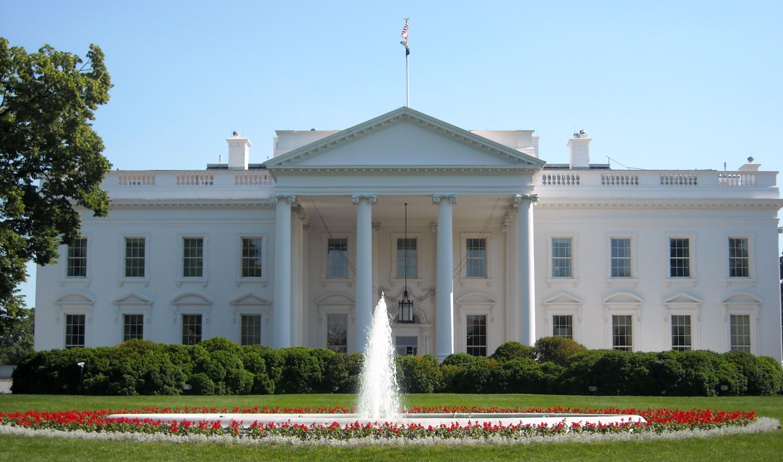 """Photo of البيت الأبيض يلقي باللوم على روسيا في هجوم إلكتروني """"طائش"""""""
