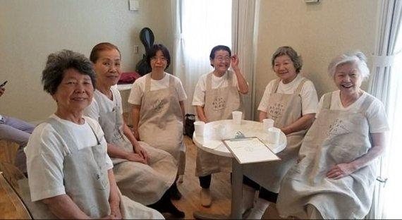 مطعم ياباني يشغّل مصابين بالخرف