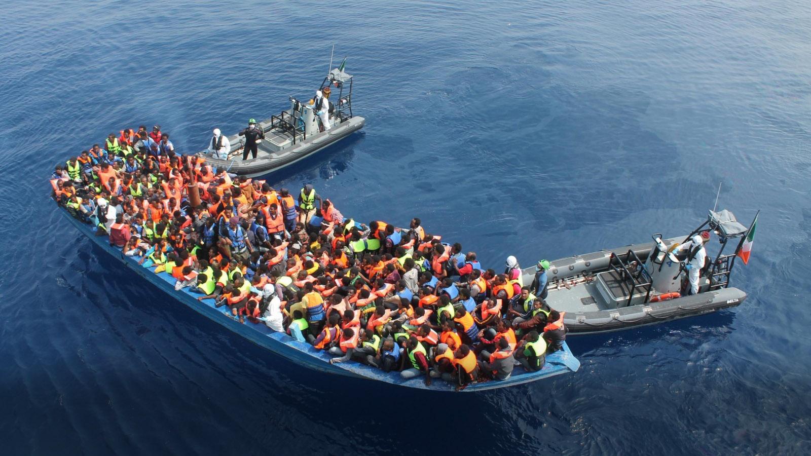 Photo of مهاجرون : من حسن حظنا تفادينا خفر السواحل الليبي