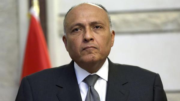 Photo of مصر تؤكد دعمها للحلول الداخلية في ليبيا