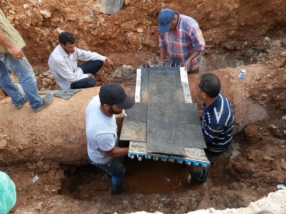 صيانة عدد من خطوط المياه في بنغازي