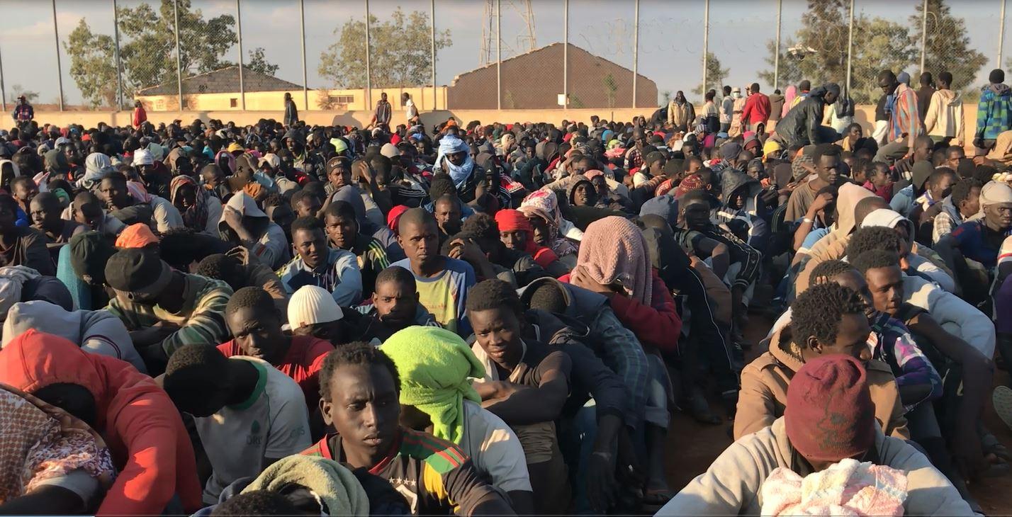 Photo of وزير خارجية فرنسا يقول أن بلاده دعت مجلس الأمن الدولي لعقد جلسة بخصوص قضية معاملة المهاجرين في ليبيا