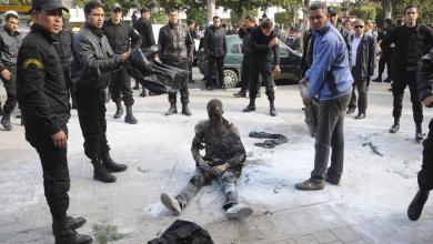 """Photo of التونسي """"البوعزيزي"""" والمغربي """"فكري"""".. من نجح ومن فشل؟"""