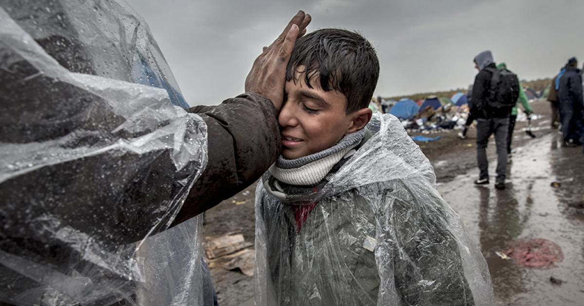 "Photo of إدارة ""ترامب"" تدرس تشديد إجراءات فحص اللاجئين"